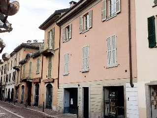 Apartment Borgovico  in Como, Lake Como - 4 persons, 2 bedrooms