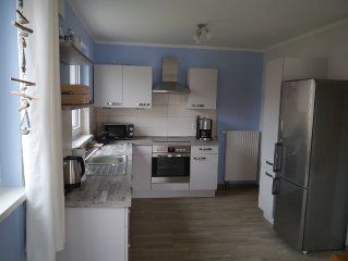 4-room cottage (109 square meters for 6 people and 1 infant.) - Rental Sea time