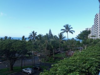 MAKAHA VALLEY TOWERS 1 BED/1 BATH CONDO