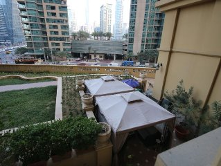 4 Bedroom Beach Villa in the heart of Dubai JBR, large Graden and BarBQ facility
