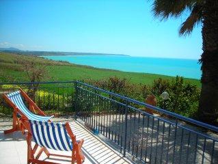 meravigliosa Villa Mediterranea  a 200 metri dal mare a portopalo di menfi