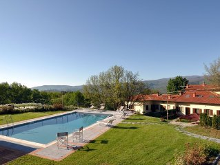 VILLA CASENTINO: Luxurious villa with private pool set in the countryside