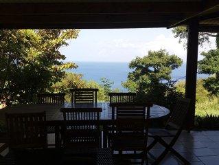 Villa T4 - vue mer - jacuzzi privé et grande piscine partagée
