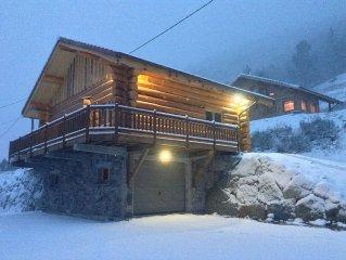 "Chalet rondin 8pers.'LE BRAMONT""GARAGE""NAVETTE ski en bas du chalet """