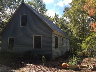 Wolf Creek Cottage at Stecoah/  Internet WiFi- King Size bed in Loft