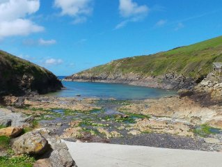 Stunning 4 bed conversion near the cove at Port Quin