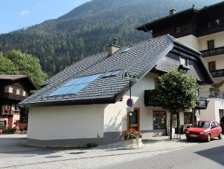 Very exclusive apartment in the centre of Mallnitz with sauna