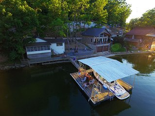 **Peaceful Lakefront Vacation Paradise** 2-Houses Sleeps 12, Firepit, Boatslip!!