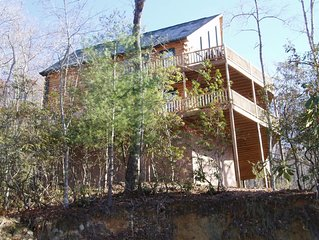 Chalet-style Log Home/Awesome View on Lake with boatslip - Lost Moose Lodge