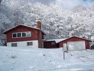 Pico Mountain Resort Ski Chalet, Ski-on/Ski-Off, 4BR/2BA