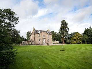 EDENSIDE HOUSE - sleeps 12, a wonderfully elegant Georgian townhouse in Kelso