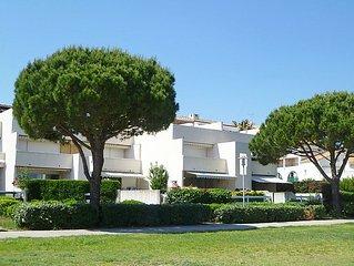 Apartment Les Patios de Salonique  in Port Camargue, Gard - Lozere - 6 persons,