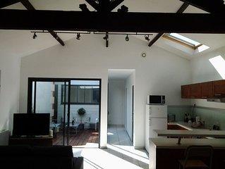 Maison ambiance Loft avec Patio quartier du port et de la plage de l'Aiguillon