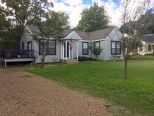 3 Bed / 2 Bath Perfect Bryan / College Station Getaway for family and friends!