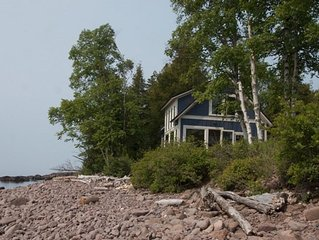 Sanctuary On The Shores Of Lake Superior, Accessible and virtually on the water