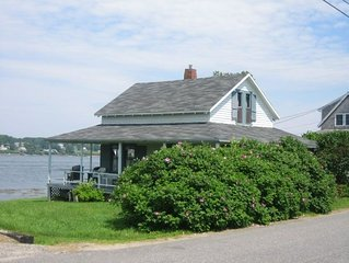 Authentic maine cottage with direct water frontage
