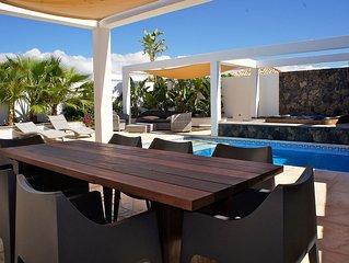 "Villa de standing sur EL ROQUE ""'wifi,piscine et jacuzzi"", El Cotillo"