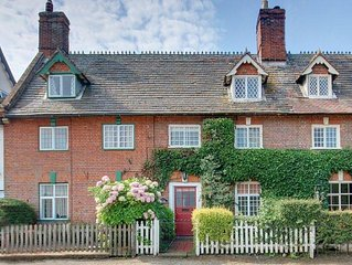 Dunwich Suffolk -Lovely 4 bedroom Cottage In Peaceful Seaside Village, with WiFi