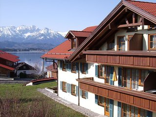 Very comfortably furnished 2-room vacation apartment in Hopfen am See, Fussen,