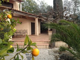 Domain Valcros house of 125m2 with swimming pool and 3 bedrooms - quiet and gre
