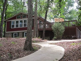 Anchors Away Cottage On Lake Hartwell With Private/Deep Water Dock & 2 kayaks