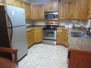 The Lodge: a 3 Bedroom 2 Bath Deluxe Furnished Condo!
