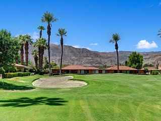 Sunrise Country Club 2BR/2BA Condo Fabulous Fairway Mountain Views!