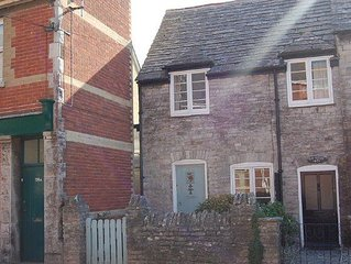 197 High St, Swanage - 2038 - Two Bedroom Cottage, Sleeps 4