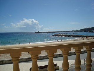 Excellent apartment on Sesimbra beach with 3 bedrooms and parking place