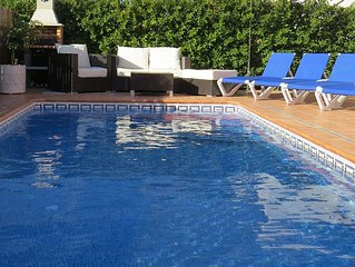 Superb detached beautifully furnished villa with private salt water pool