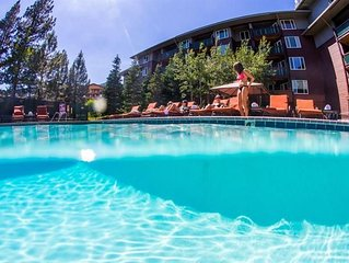 Juniper Springs Resort -End Unit with Mountainside Views!