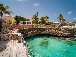 Oceanfront Villa With Private Bay direct access to the Caribbean Sea