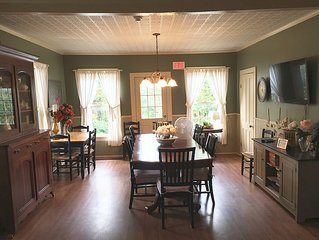 Tavern/Dining Room