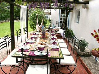Family friendly holiday home w garden, pool, parking near lisbon, sintra, cacais