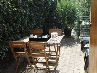 apartment sleeps 2 to 4 kms of Avignon, terrace, parking, wifi