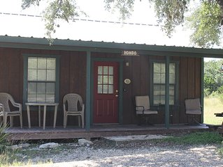 The Hondo Cabin * Whiskey Mountain - 2 BD/1 Bath Great Location!