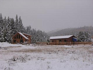 Beautiful, Secluded Log Cabin On 10 Acres 24 Miles From Breckenridge (Fairplay)