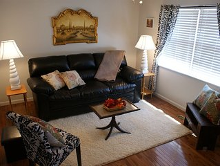 Cozy & comfy, in Cleveland TN, 12 minutes from Lee, plenty of R&R for 5 guests