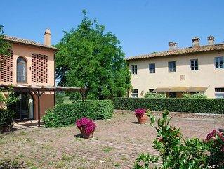 Apartment in Castelfiorentino with 3 bedrooms sleeps 6