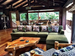 IN HAENA - Modern Tropical Hawaiian Style Beach Villa - Short Stroll to Beach