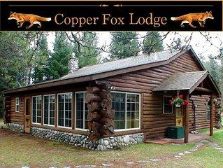 Log Cabin Luxury On The Famed Au Sable River (Romantic 4 Season Getaway!)