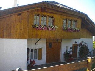 Val di Fiemme appartamento con romantica camera in legno stile fiemmese-tirolese