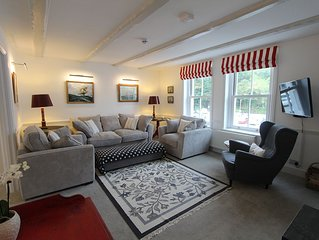 Foye Landing: Unique refurbished property offering a versatile space for 11