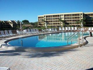 Award-winning Rental... Siesta Key's Crescent Beach... First Floor.. Great Value