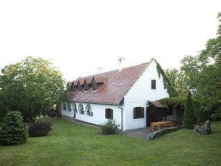 Grand Balaton House  180sqm  8 + 4 guests