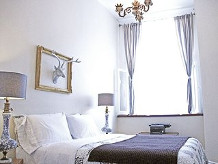 Private Floor Charming 4 Br Super Central Old Montreal
