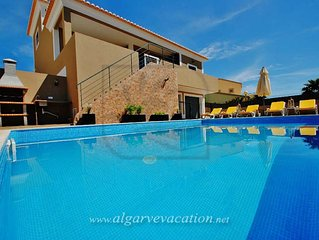 MODERN 3 BED VILLA WITH PRIVATE POOL, BBQ AND FREE Wi-Fi
