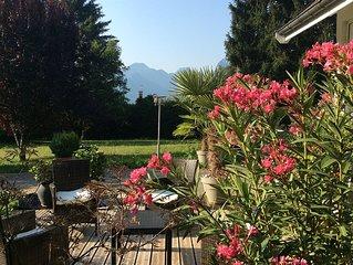 Maison de caractere avec piscine privee chauffee parc vue lac d'Annecy