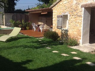 Charmante maison avec piscine dans village de caractere.Calme, detente,tradition
