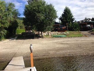 Fully Renovated, Multi-Family, Lakefront Getaway On Pristine Little Shuswap Lake